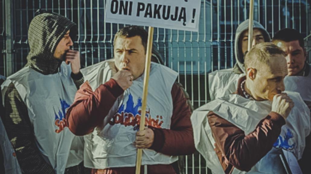 Oni nie świętują, oni pakują! - protest w Amazonie [FOTO]