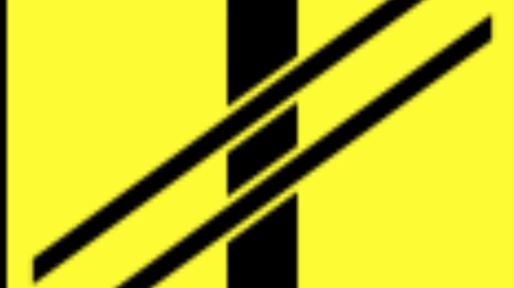 """T-7 """"tabliczka wskazująca układ torów i drogi na"""
