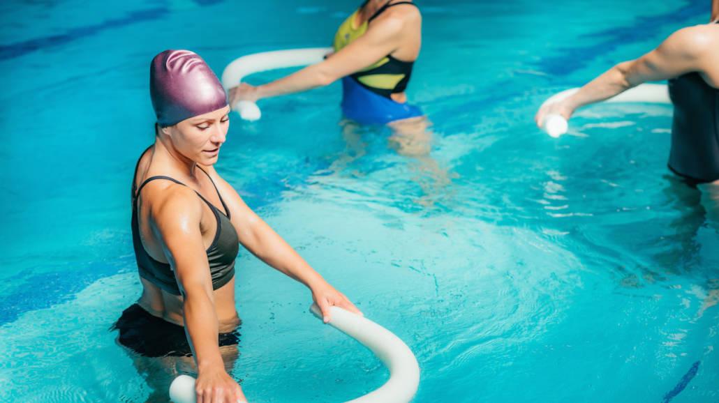 5 zalet aerobiku w wodzie