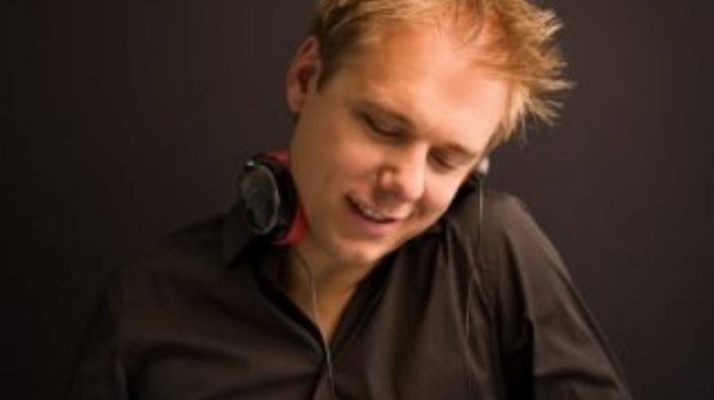 Dziewiąta odsłona kultowej kompilacji Armina