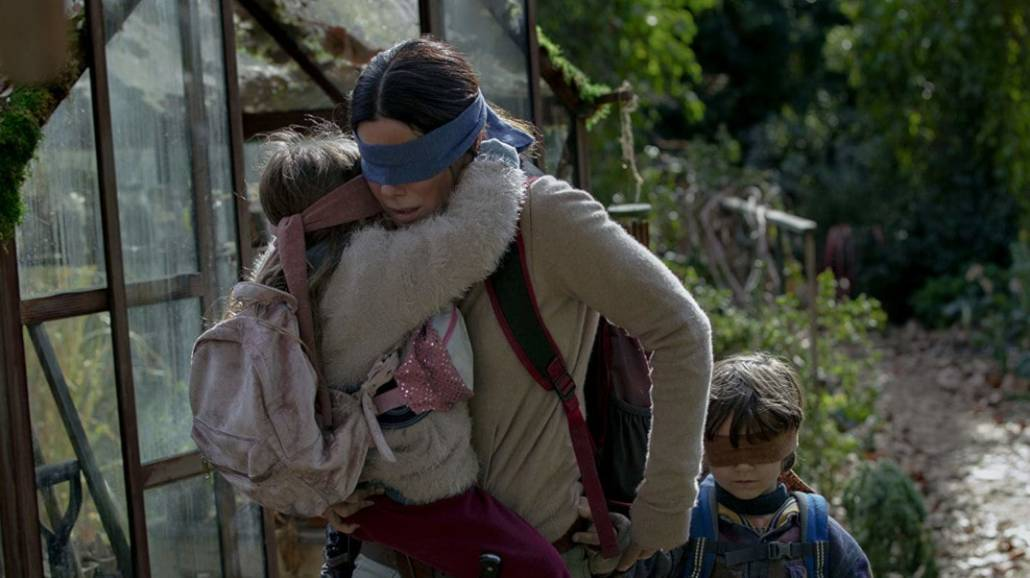 Oceniamy dreszczowiec Netflixa, w ktÃłrym głÃłwną rolę zagrała Sandra Bullock.