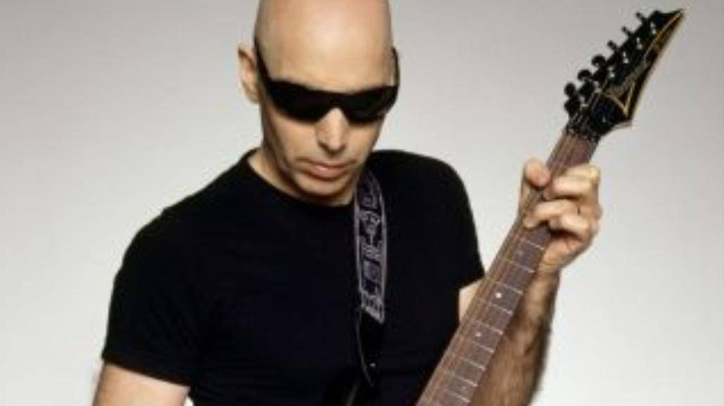 Koncert Joe Satrianiego przeniesiony