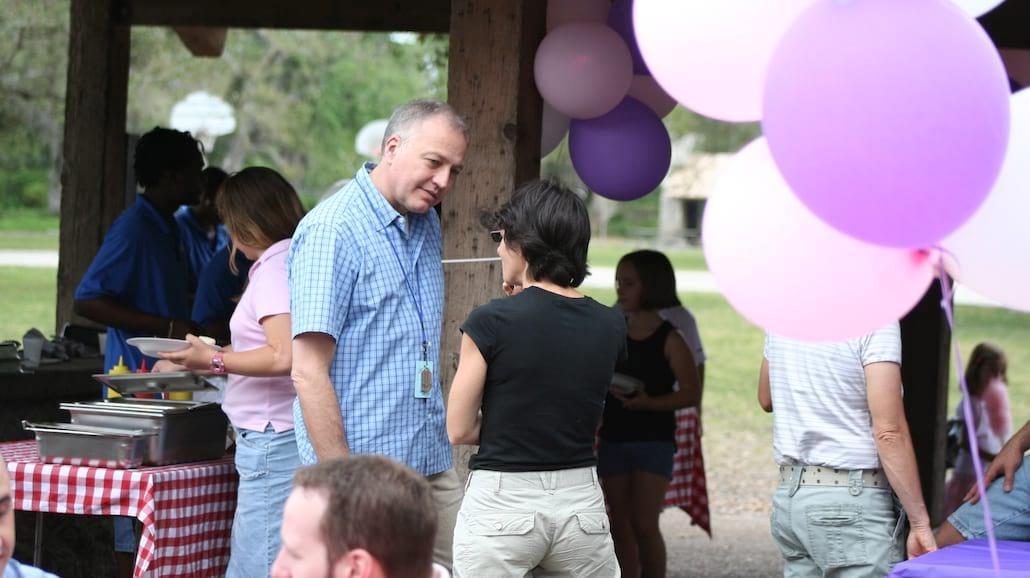 Organizacja udanej imprezy rodzinnej – poradnik