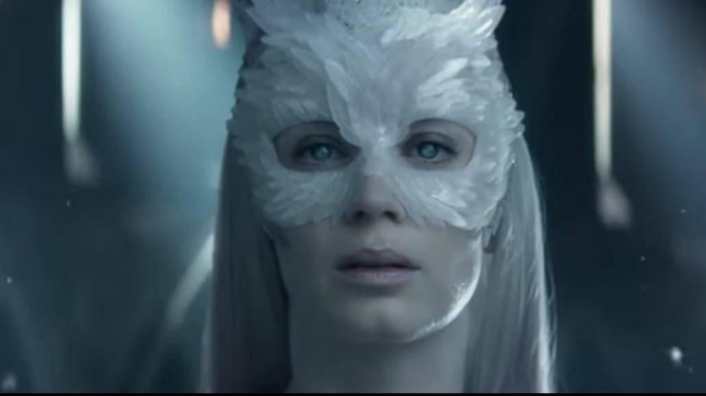 """Sia prezentuje klip do filmu """"Łowca i królowa lodu"""" [WIDEO]"""