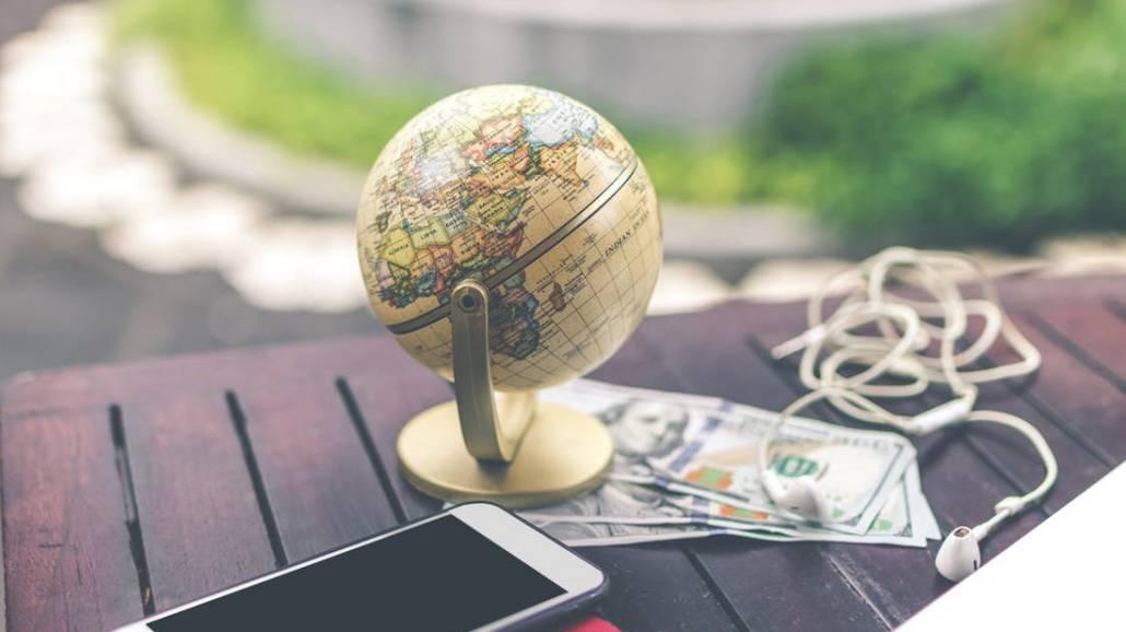 Zobacz, czy warto podjąć studia za granicą.