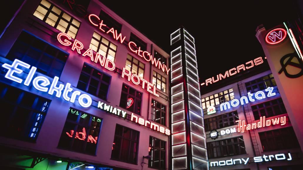 Wrocławska Galeria NeonÃłw