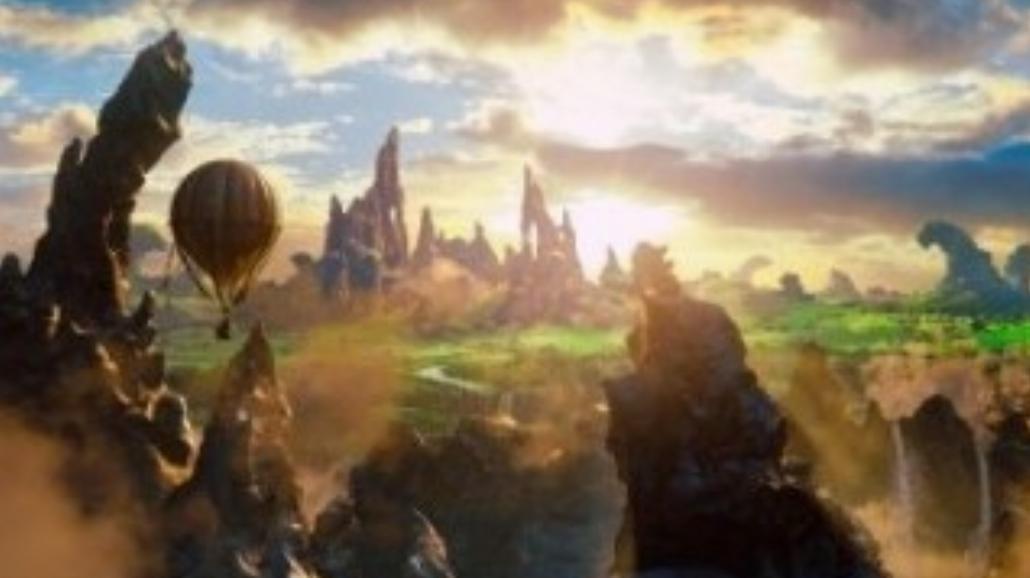 """""""Oz: Wielki i potężny"""" na szczycie box office"""