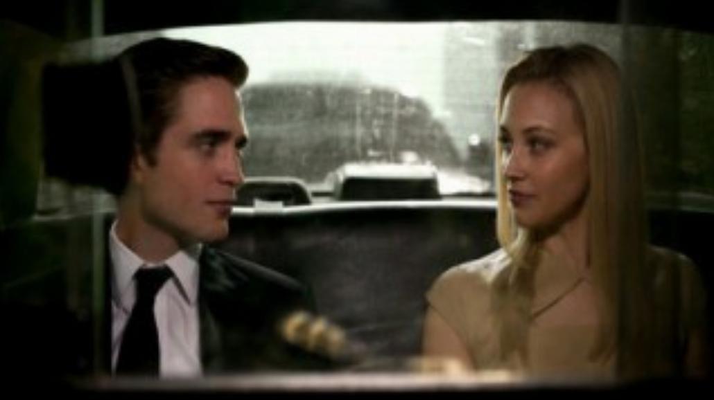 Robert Pattinson jako młody mąż i miliarder