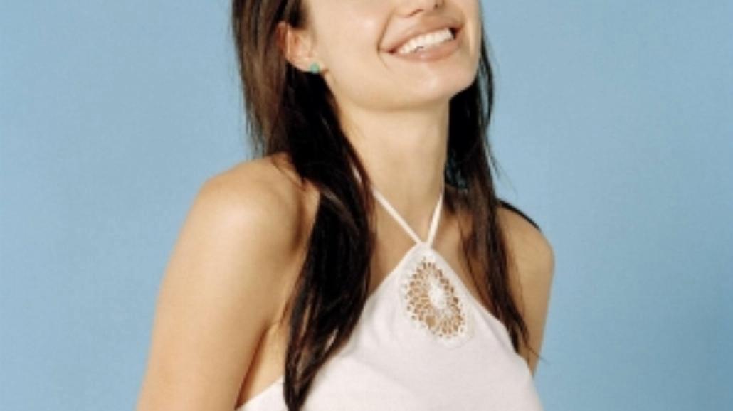 Angelina Jolie amputowała obie piersi!