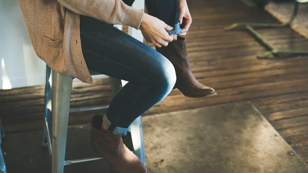 Krok w krok za modą – jakie buty będą trendy jesienią?