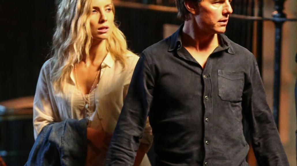 """Tom Cruise na zdjęciach z planu """"Mumii"""" [FOTO]"""