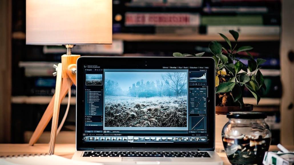 O wyższości laptopów nad telewizorami