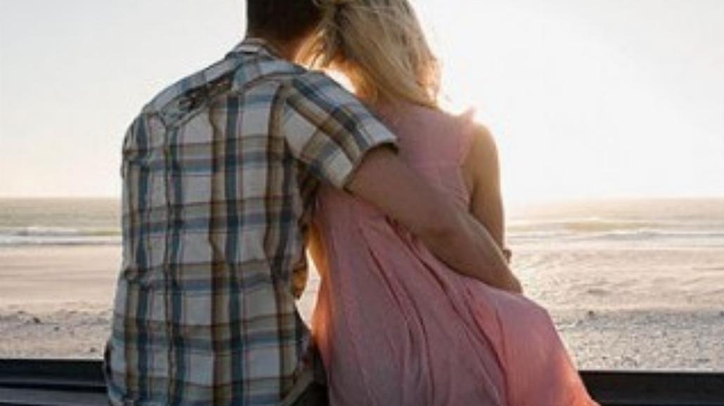 Za czym tęskni twój facet, gdy wyjeżdżasz?