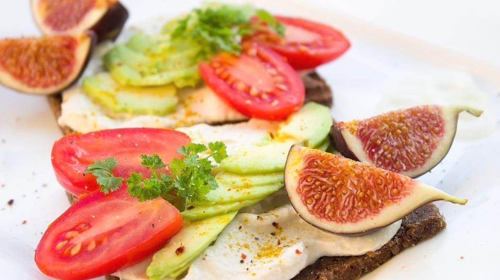 Najlepsze pasty kanapkowe, które zrobicie same - na słodko i słono!
