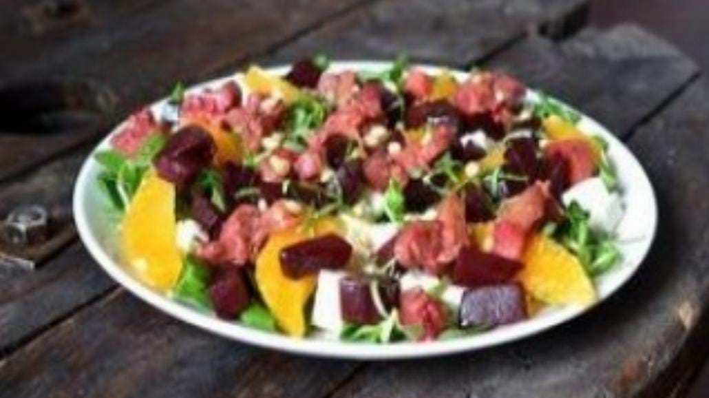 Zdrowe i dietetyczne sałatki
