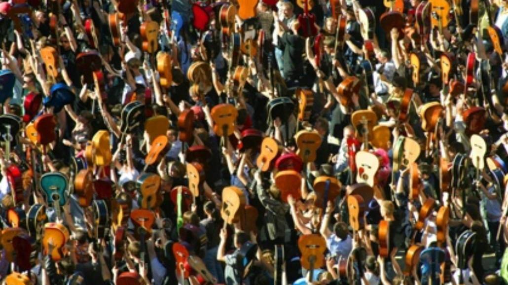Gitarowy Rekord Guinnessa na wrocławskim Rynku