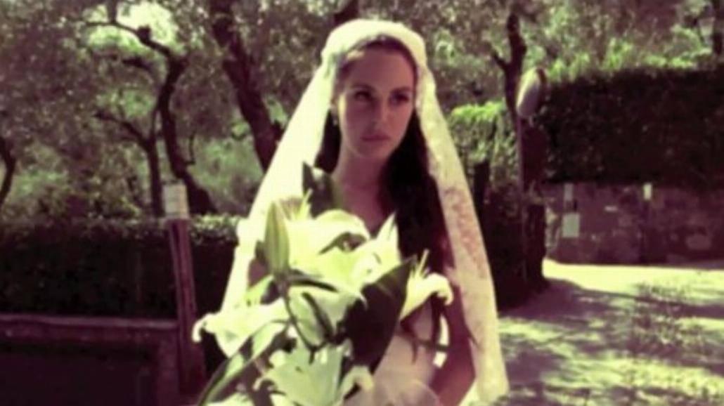 Lana Del Rey jako panna młoda w teledysku do Ultraviolence