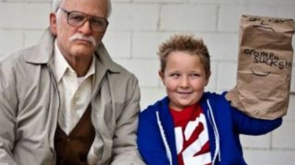 Bezwstydny dziadek nabrał Amerykę (RECENZJA)