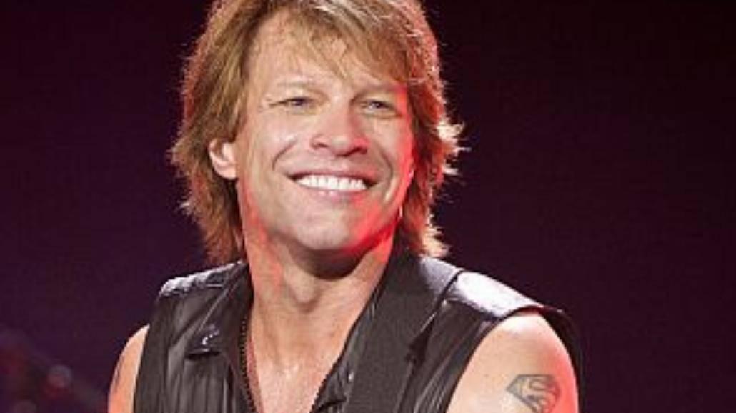 Bon Jovi przywiezie własną... pralkę