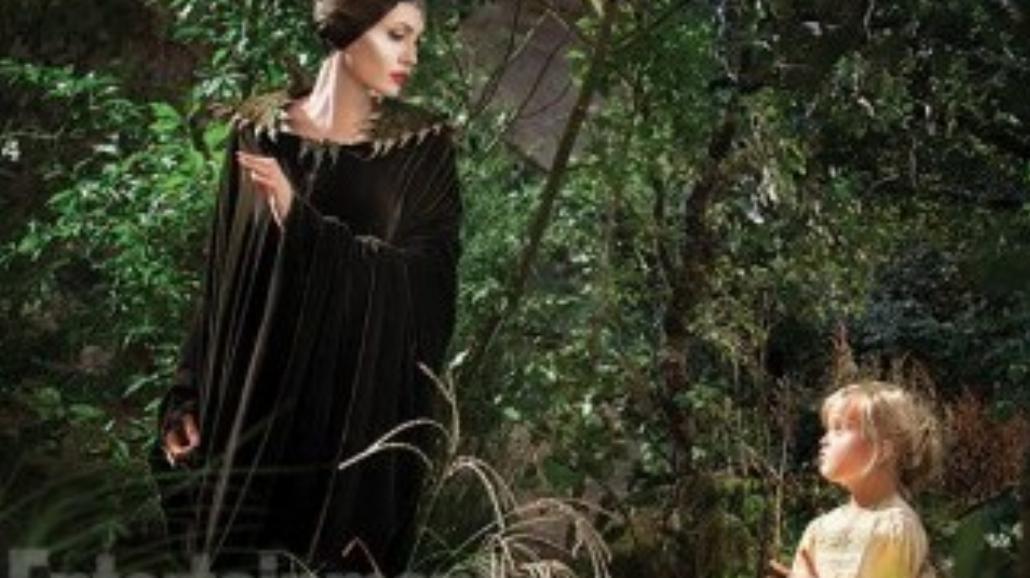 """Angelina Jolie z córką na planie """"Czarownicy"""""""