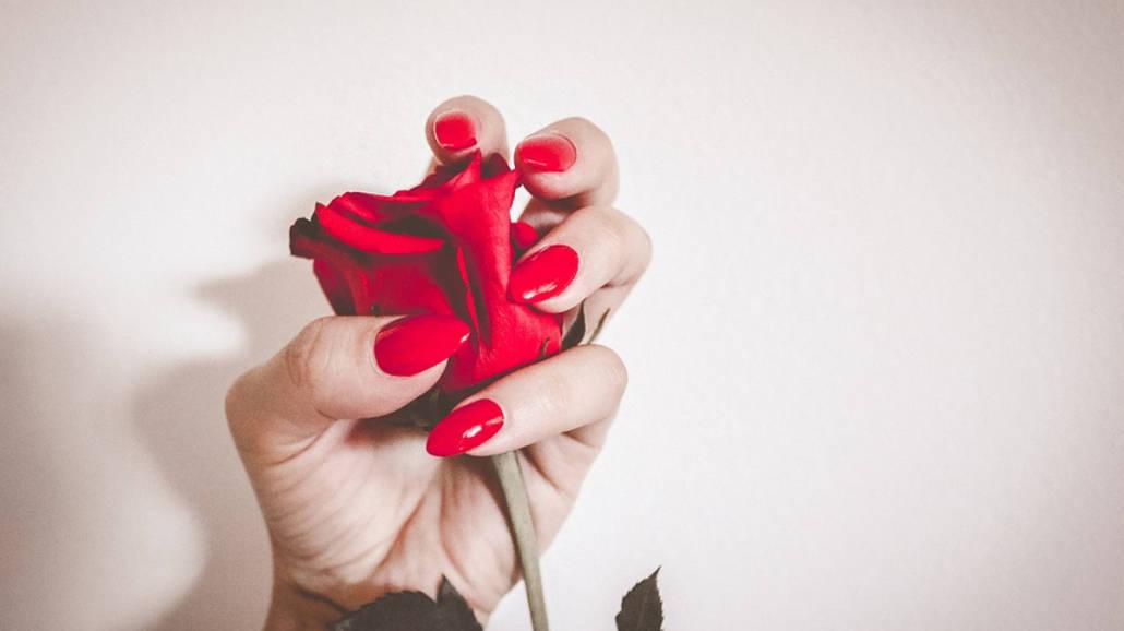 Nailfie, czyli selfie paznokci podbija świat