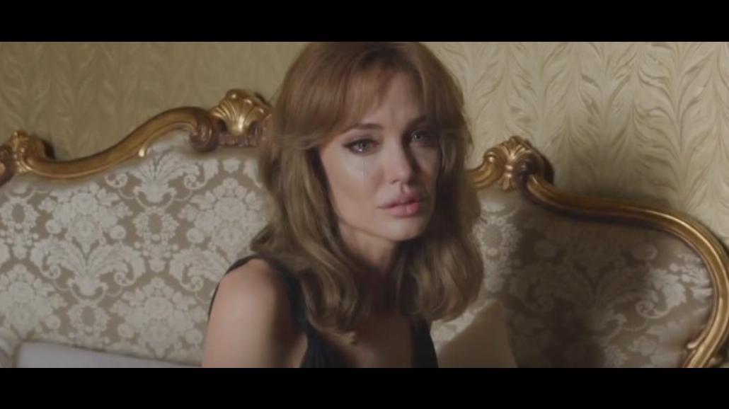"""Jolie i Pitt w kryzysie. Zobacz zwiastun dramatu """"Nad morzem"""" [WIDEO]"""