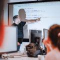 Chcesz przekwalifikować się na programistę? Unia zapłaci Ci za kurs
