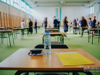 Matura 2021 - fizyka - matura 2021, fizyka, kiedy egzamin, jak długo potrwa, odpowiedzi, arkusz maturalny