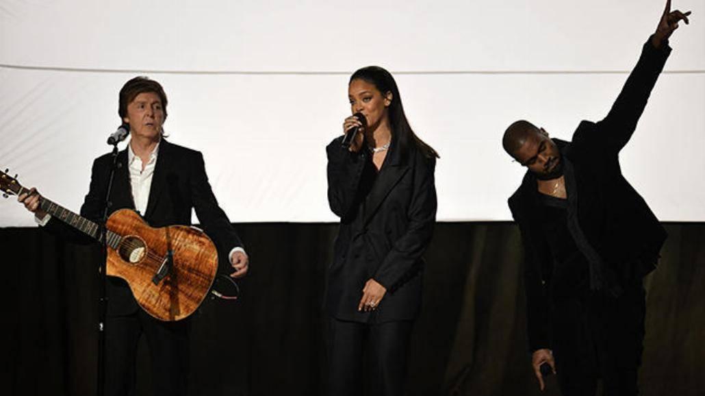 Rihanna, Beyonce, Sam Smith i AC/DC - zobacz występy z gali Grammy! [WIDEO]