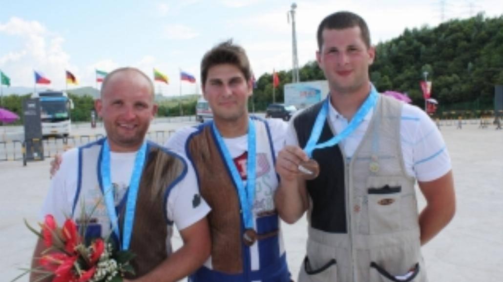 Shenzhen 2011: Dwa medale strzelców i Janika